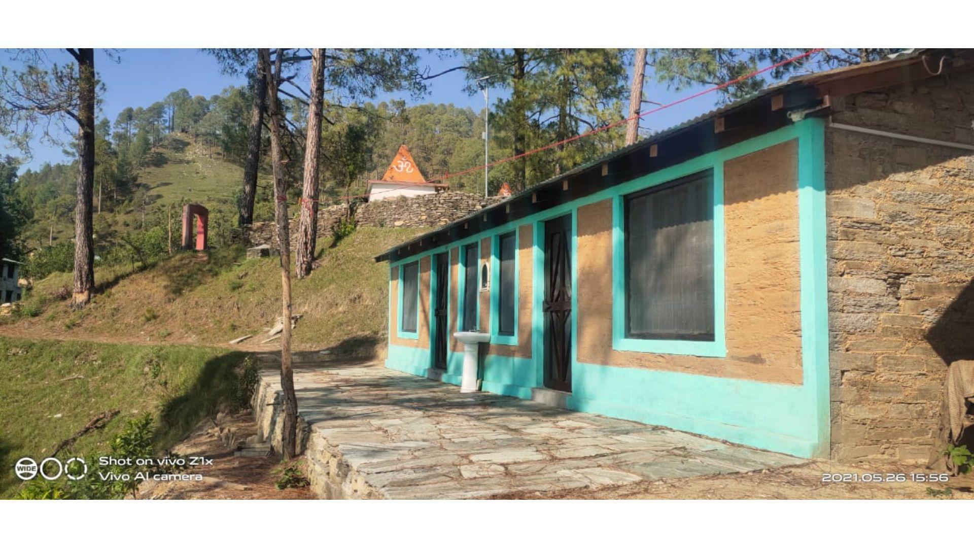 Homestay in Binsar